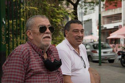 Coppola, junto al Oso Luis, su segundo en Los Borrachos del Tablón