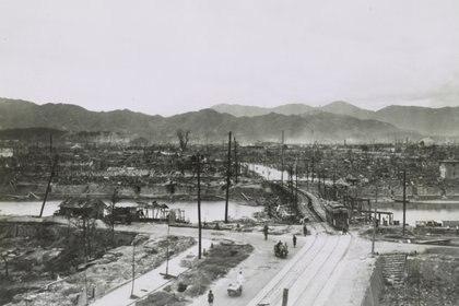 La ciudad quedó devastada. El 70 por ciento de las construcciones desaparecieron (REUTERS)