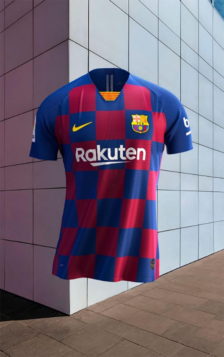 buena venta personalizadas detalles para El Barcelona presentó su nueva camiseta para la temporada ...