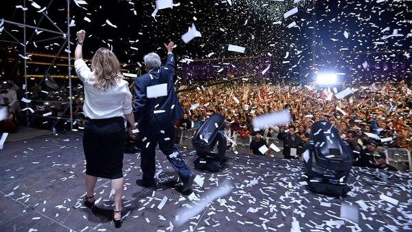 El efecto AMLO jaló todas las candidaturas de su partido.