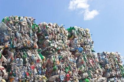 El estudio dice que la mejor forma de eliminar la basura plástica es la incineración (iStock)