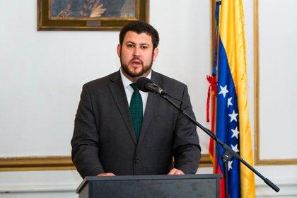 El Comisionado de la Organización de Estados Americanos (OEA) para los migrantes y refugiados venezolanos, David Smolansky