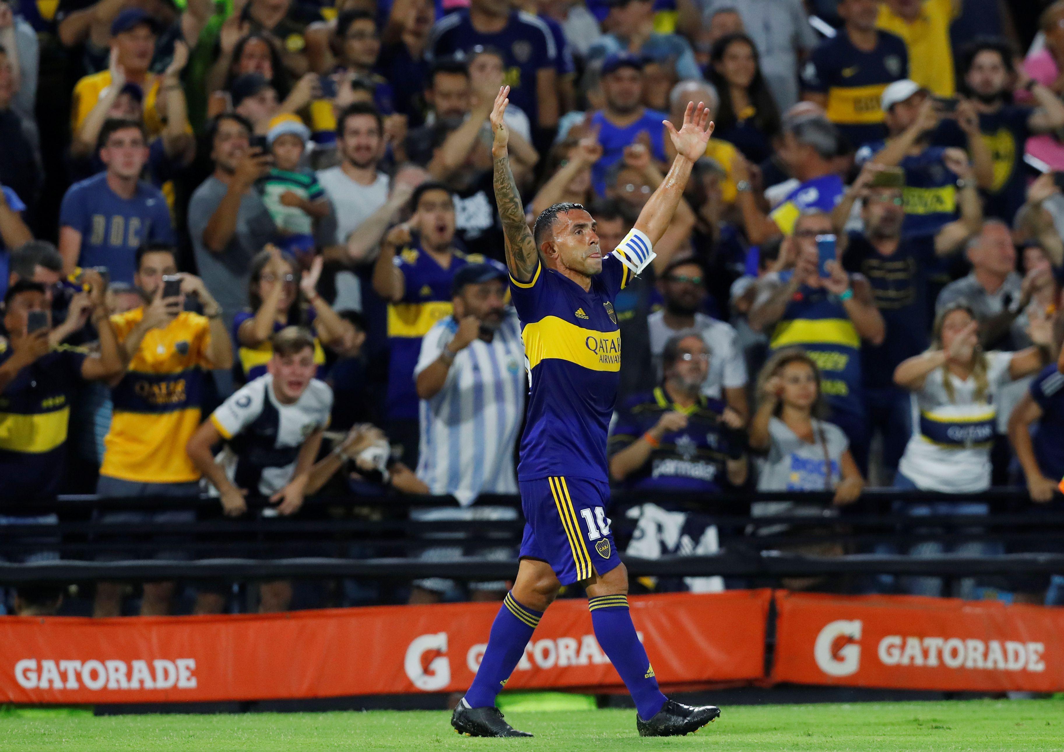 La última imagen que se lleva Carlitos: gol ante Gimnasia y Boca campeón en la Bombonera ante su gente (REUTERS/Agustin Marcarian)