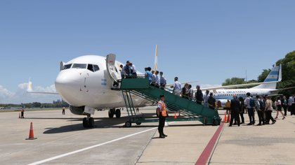Una de las claves es operar en aeropuertos más baratos, sin servicios de manga (Lihue Althabe)