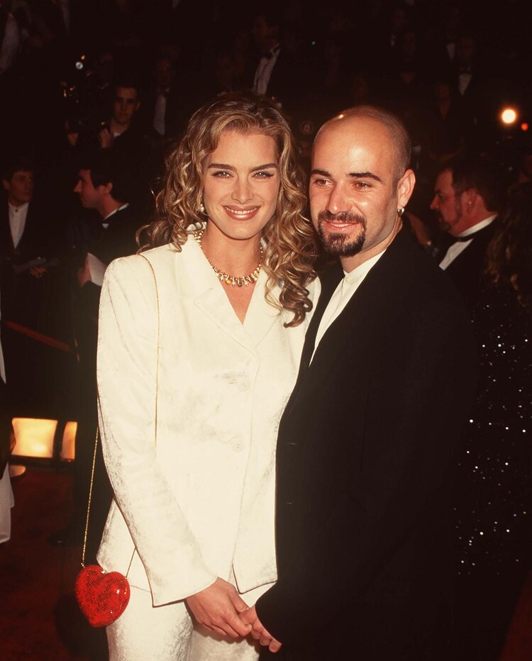 Brooke Shields con Andre Agassi en 1999 (Grosby Group)