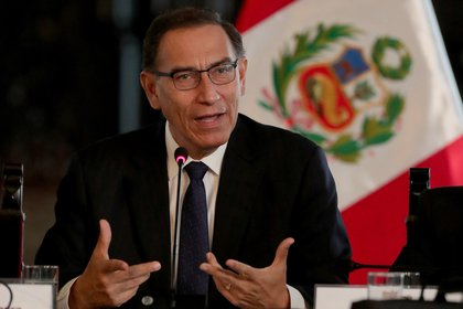 El presidente de Perú Martín Vizcarra. (EFE/Ernesto Arias/Archivo)