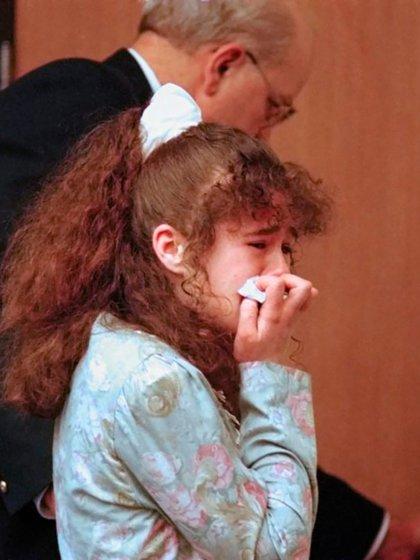El 30 de marzo de 1996, sentenciada a la pena de muerte por electrocución en la silla eléctrica. Ninguno de los miembros del jurado creyó en sus lágrimas