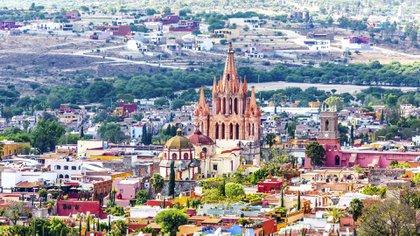 Monex recibió 49 cajas de clientes que se quejaron por fraude bancario en San Miguel de Allende (Foto: IStock)