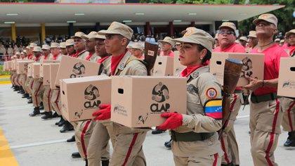 Las cajas CLAP, símbolo del control social del chavismo (Reuters)