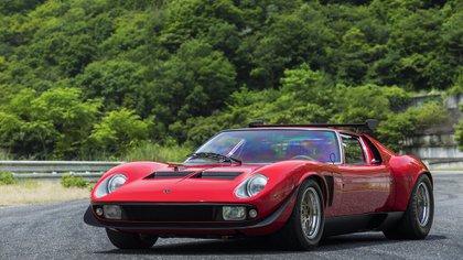 La evolución, el Miura SVR, que tenía un motor de 385 caballos.