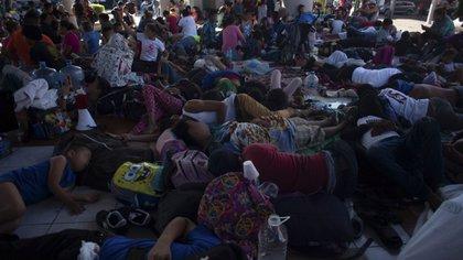 Por su parte, las personas indocumentadas fueron trasladadas al Instituto Nacional de Migración (INM) para ser repatriadas a sus países de origen (Foto: Cuartoscuro)