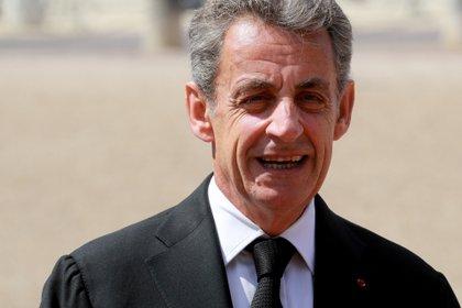 El entonces presidente de Francia, Nicolas Sarkozy exigía al gobierno de México que Florence Cassez cumpliera su condena en territorio frnacés.   (Foto: Ludovic Marin/Pool via REUTERS)