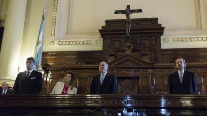 Los jueces Horacio Rosatti, Elena Highton de Nolasco, Ricardo Lorenzetti (presidente) y Juan Carlos Maqueda deben resolver planteos sobre las tarifas de servicios
