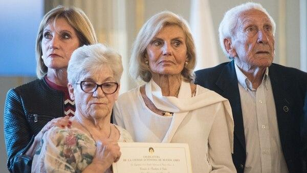 Familiares de los soldados argentinos caídos en la Guerra de Malvinas