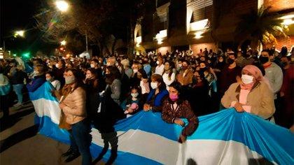 Banderazo a favor de Vicentin en la localidad de Avellaneda (Santa Fe)