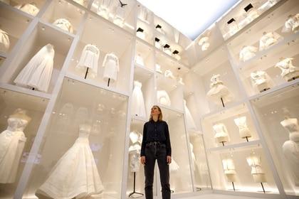 La exposición de Dior abrió sus puertas el 2 de febrero y por el coronavirus cerró las visitas (Photo by Tolga Akmen / various sources / AFP)