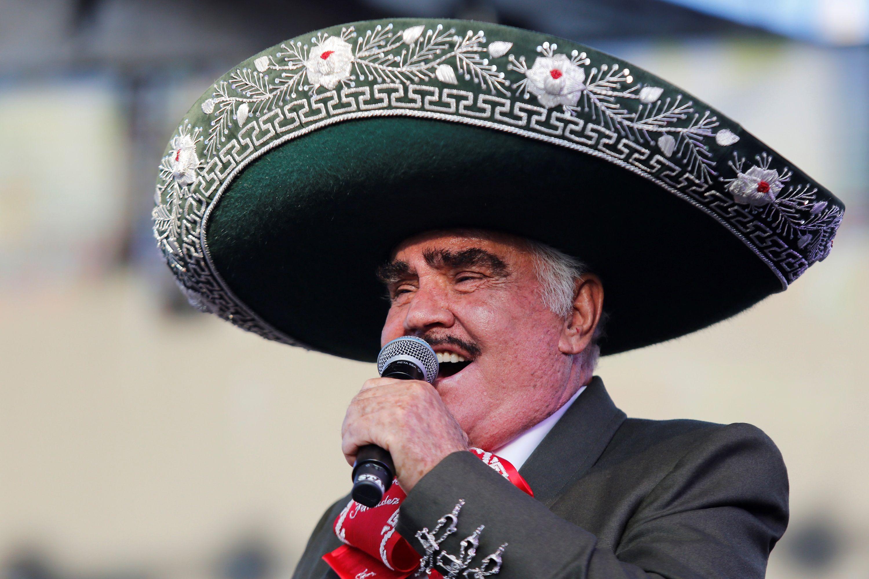 Los médicos descartaron daño cerebral de Vicente Fernández (Foto: EFE/ Francisco Guasco/Archivo)