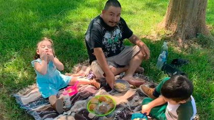 """Charles """"Charley"""" Torres, dejó tres hijos propios y cuatro adoptivos cuyo único sustento era él. La familia ha abierto una campaña para juntar recursos para sus hijos."""