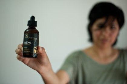A partir de ahora, podrá venderse el aceite de cannabis en las farmacias (Jaime Andres)