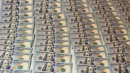 Parte de los 7 mil dólares que le incautaron a Sosa.
