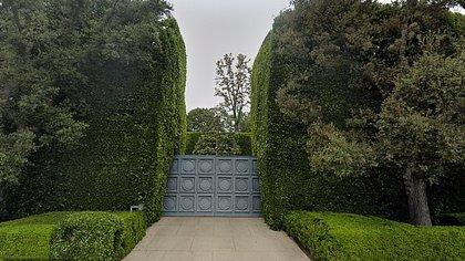 La entrada de la mansión (Google Maps)