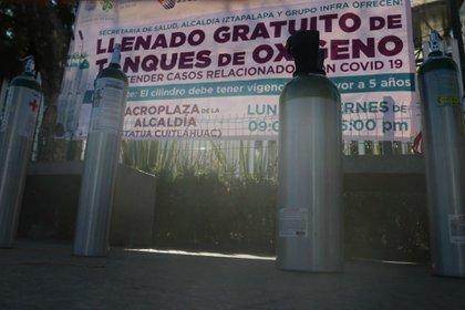 La alcaldía Álvaro Obregón se implementó el préstamo de tanques de oxígeno por 48 horas.  (FOTO: GRACIELA LÓPEZ /CUARTOSCURO.COM)