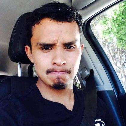 Quienes atacaron al joven, huyeron en un auto blanco (Foto: Facebook)