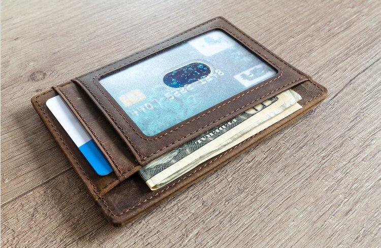 En las billeteras se observaba la cantidad de dinero que llevaba dentro