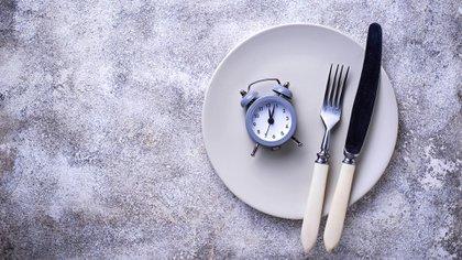 ¿Cuáles son los mitos, mentiras y verdades detrás del desayuno intermitente? (Shutterstock)