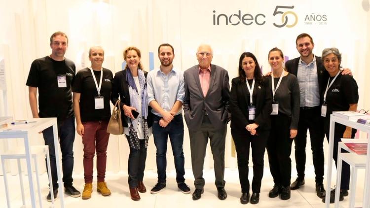 A Jorge Todesca le tocó festejar los 50 años de creación del INDEC. Aquí, con parte de su equipo.