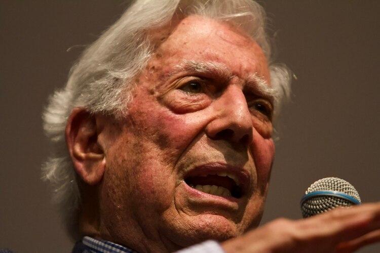 Mario Vargas Llosa también dijo que AMLO es la resurrección del PRI (Foto: Cuartoscuro)