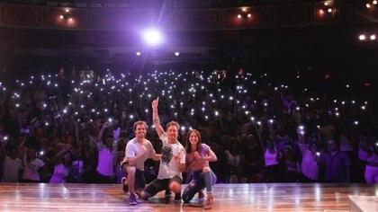 """""""Una semana nada más"""" se lleva a cabo de jueves a domingos en el Teatro Nacional Sancor Seguros"""