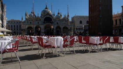 La Plaza San Marcos, en Venecia, vacía debido al avance del coronavirus en Italia (Reuters/ Manuel Silvestri)