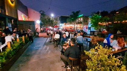 Los dueños de los locales temen que se efectivice una restricción nocturna