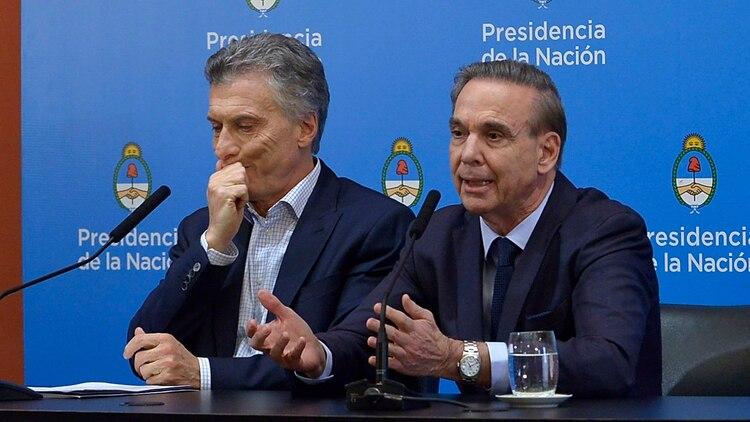 Mauricio Macri y Miguel Ángel Pichetto, la fórmula presidencial de Juntos por el Cambio. (Gustavo Gavotti)