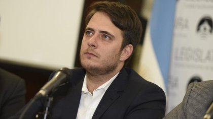 El legislador Hernán Reyes, autor del nuevo régimen de contrataciones de obra pública.