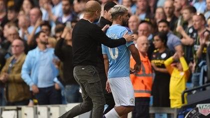Guardiola aseguró que se trató de un malentendido su discusión con Agüero (Foto: AFP)