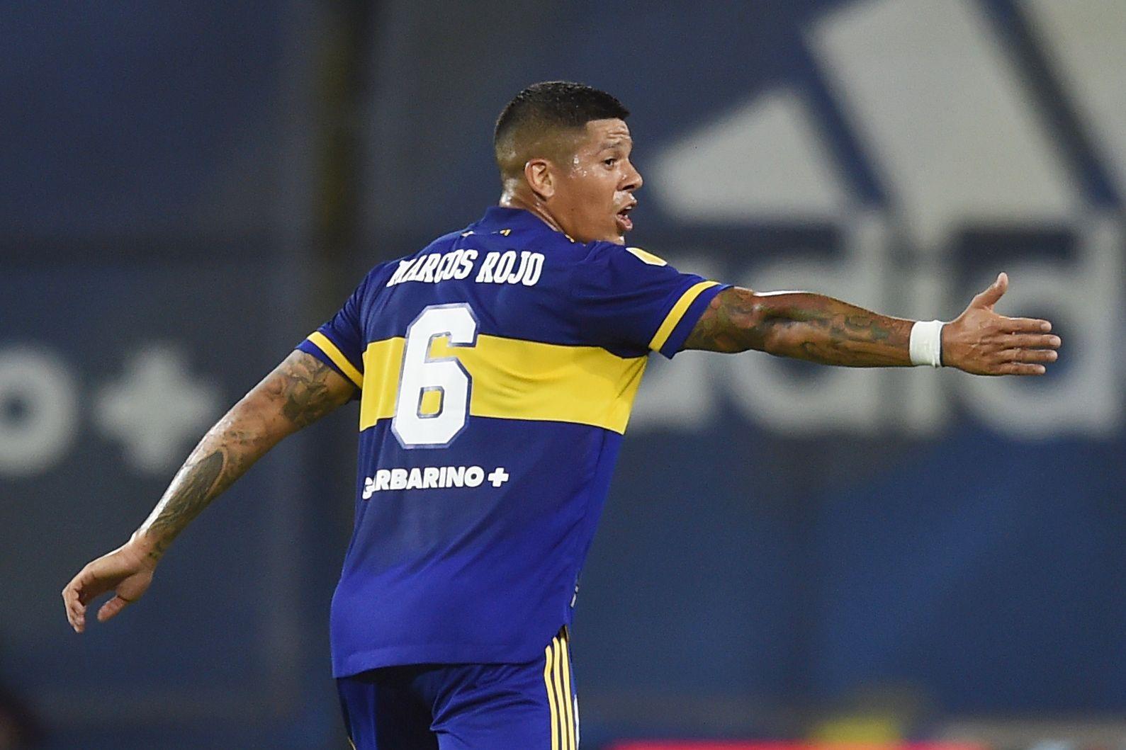 Marcos Rojo mostró buen juego aéreo pero evidenció algunas fallas en la última línea de Boca (REUTERS/Marcelo Endelli)