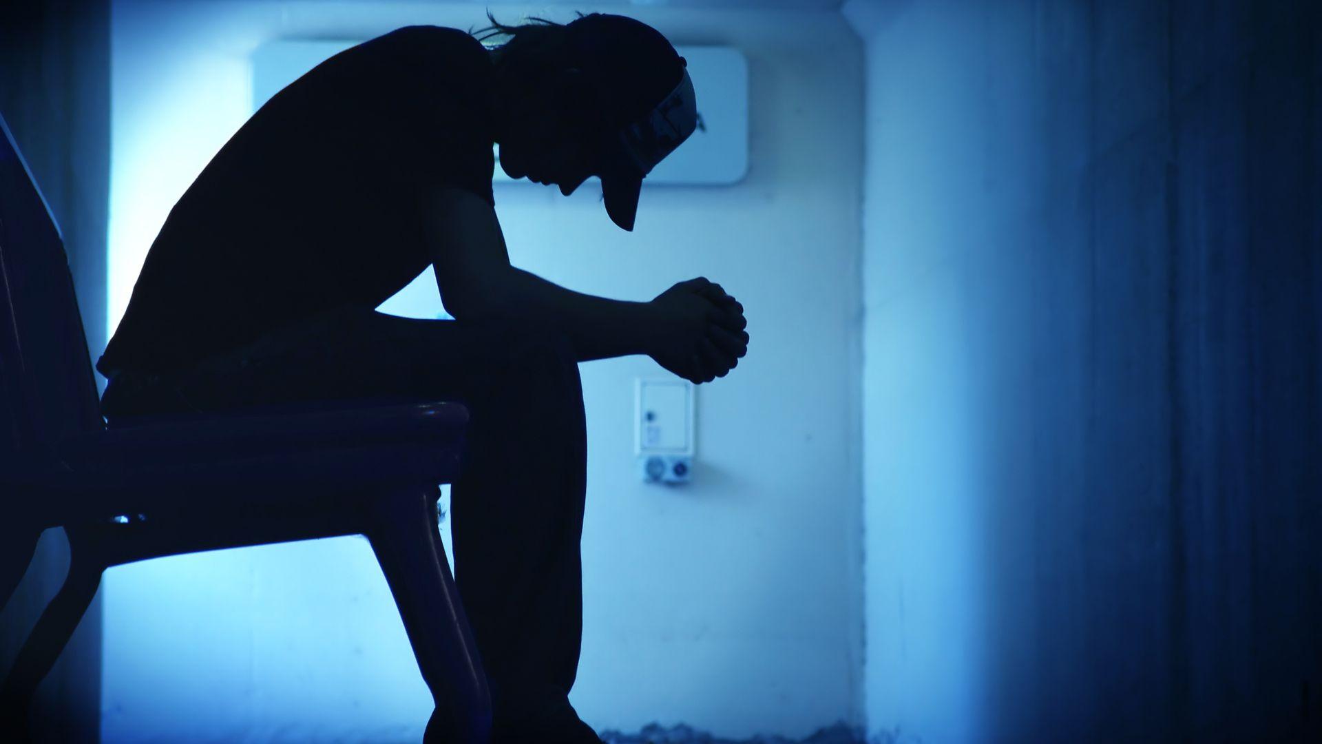 Síntomas neurológicos y psicológicos aparecen cada vez con más frecuencia en casos leves por COVID-19 (Foto: iStock)