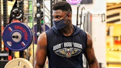 La foto que publicó New Orleans de Zion Williamson que rápidamente disparó los elogios sobre su físico