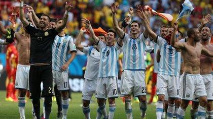 El festejo del plantel argentino tras la victoria en cuartos de final de Brasil 2014 frente a Bélgica (Shutterstock)