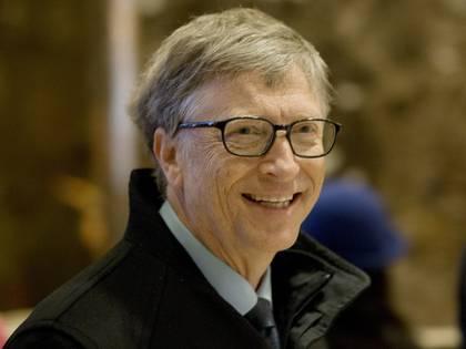 Bill Gates, en su llegada a la Trump Tower, en Manhattan (AP)