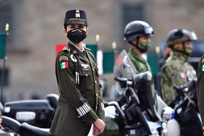 Desde el senado, Morena buscaría que 2021 sea el Año de las Fuerzas Armadas (Foto: Presidencia de México)