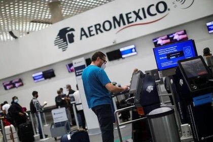 """""""El país no está en condiciones de hacerlo porque los rescates los seguimos pagando los mexicanos peso por peso"""", dijo el secretario Javier Jiménez Espriú (Foto: REUTERS/Edgard Garrido)"""