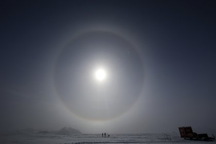 La capa de ozono es importante porque absorbe del 97 al 99 % de la radiación ultravioleta de baja frecuencia - EFE/Felipe Trueba/Archivo