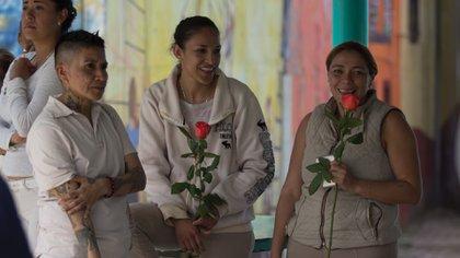 Internas del Centro Femenil de Reinserción Social de Santa Martha Acatitla (Foto: Cuartoscuro)