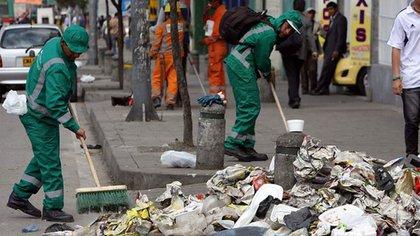 Recoger toda la basura en Cali podría tomar hasta un mes después de levantar bloqueos