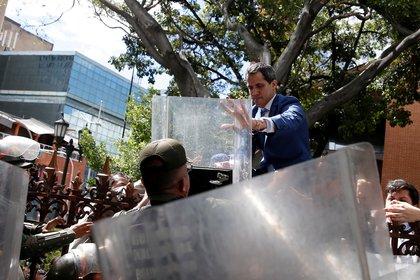 El gobierno de Guaidó acusó a Parra y otros seis diputados de venderse al régimen de Maduro (REUTERS/Manaure Quintero)