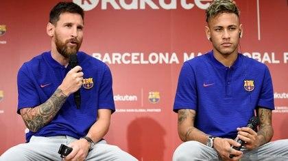 Los rumores vinculan a Neymar con el Barcelona (AFP)