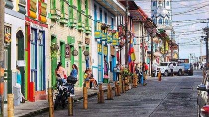 Calles de Filandia, Quindío. Foto: Wikimedia Commons/Hdhdhdybooty